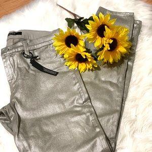 NWT J Brand Super Skinny Metallic pants size 27